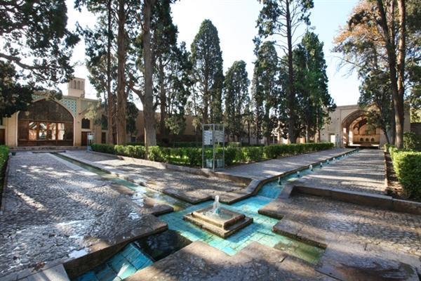 تاسیسات برق باغ تاریخی فین ایمن سازی می گردد