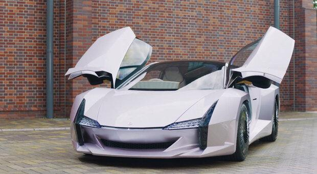 فراوری یک خودروی سبک و قدرتمند با بدنه ای از جنس فیبر نانو سلولزی
