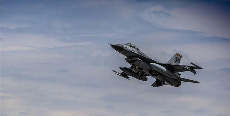 ادامه حملات ترکیه به عراق؛ آنکارا: 11 تروریست پ ک ک از پا درآمدند