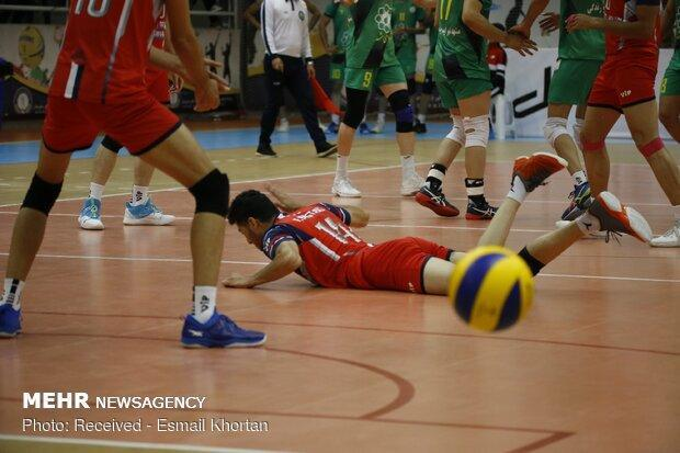 شکایت سیرجانی ها از یک بازیکن والیبال، او کار غیراخلاقی نموده است