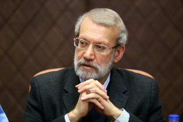 لاریجانی: در حکومت نمی توان یک بام و دو هوا بود