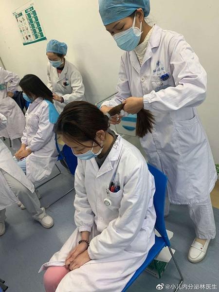 شرایط عجیب کادر پزشکی ووهان، منشأ ویروس کرونا