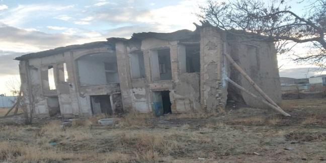 شروع عملیات حفاظت و بازسازی خانه تاریخی یگانه در رزن