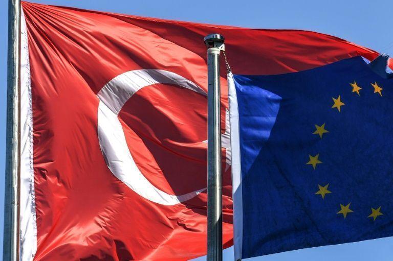 خبرنگاران دو راهی سخت اتحادیه اروپا در خصوص ترکیه