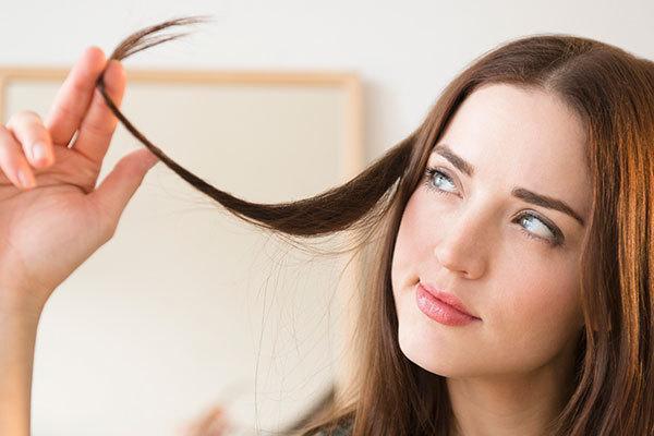 ریزش مو در دوران شیردهی؛ درمان با 5 روش ساده و کاربردی