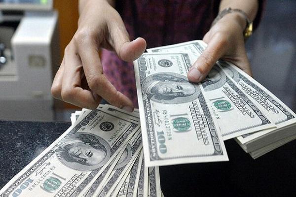 دلار آمریکا پنج شنبه 11 دی 1399 به 25700 تومان رسید