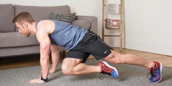 آموزش ورزش در منزل با حرکات کششی ساده و مفید