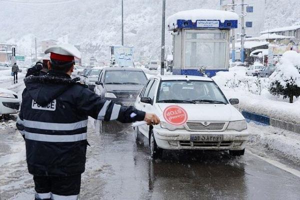 خبرنگاران هشدار پلیس راهور درمورد لغزندگی جاده ها