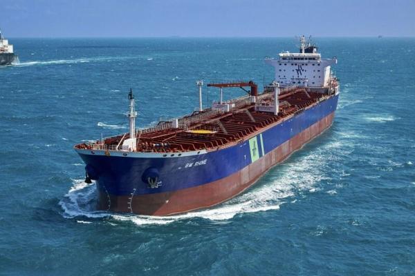 خبرنگاران ائتلاف سعودی کشتی حامل سوخت برای یمن را توقیف کرد