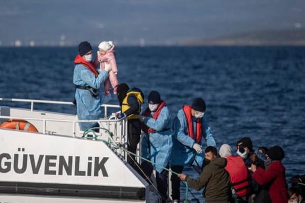 جنایت های بی سابقه هوایی و زمینی در پشت مرزها ، قربانی شدن 2 هزار پناهجو