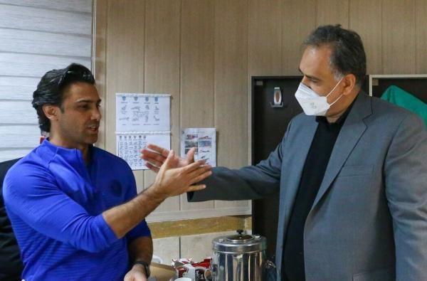 مددی در بیمارستان بقیه الله بستری است